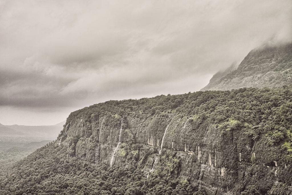 Bhimashankar's walls as seen from Ganesh Ghat route